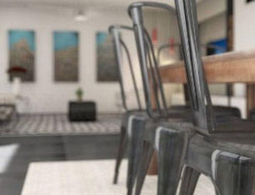 Salon et chaises industrielles